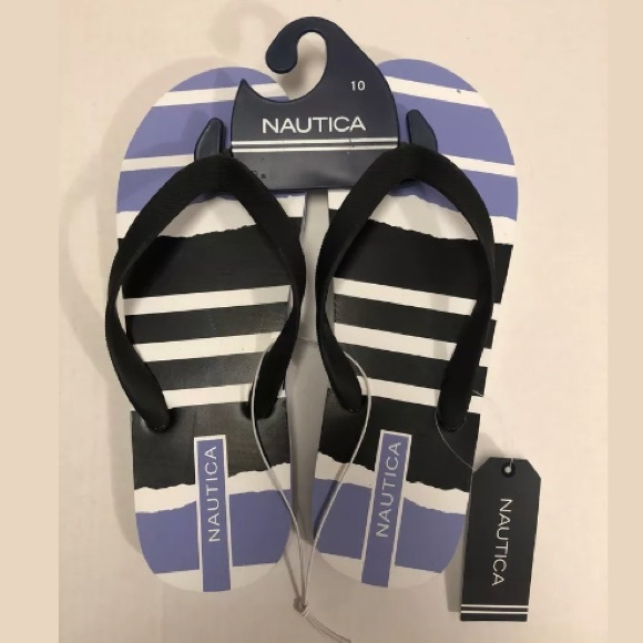 2a1e0f7b264f Nautica Flip Flops - NWT - Purple